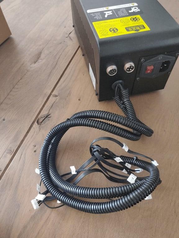 Alfawise U20 power unit backside