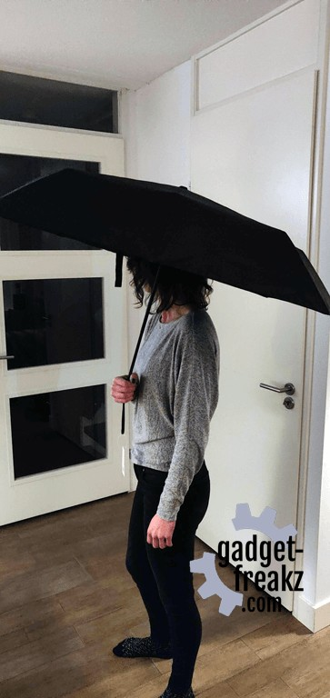 Xiaomi Umbrella with my wife