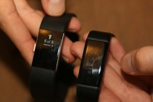Lenovo Cardio Plus HX03W Smartband - Compared to Fitbit Charge 2