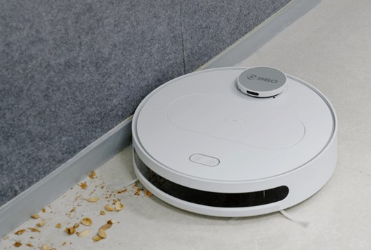 360 robot vacuum cleaning the corners