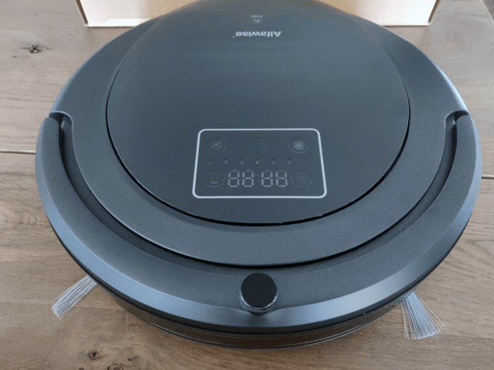 Alfawise Robot vacuum zk8077 above front