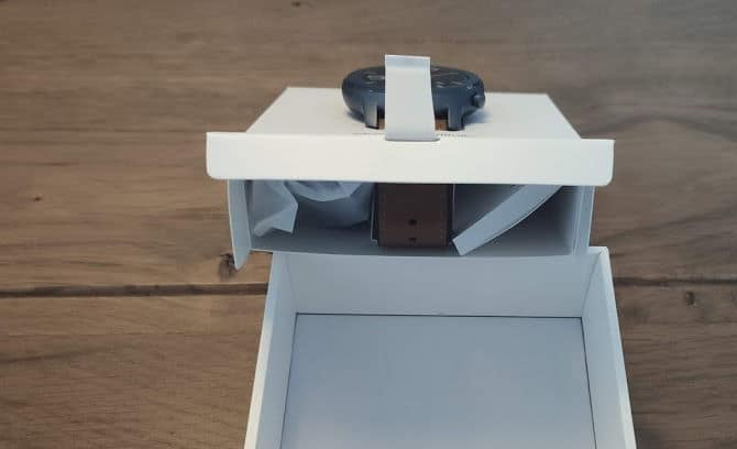 Manual and cable position in Inner box