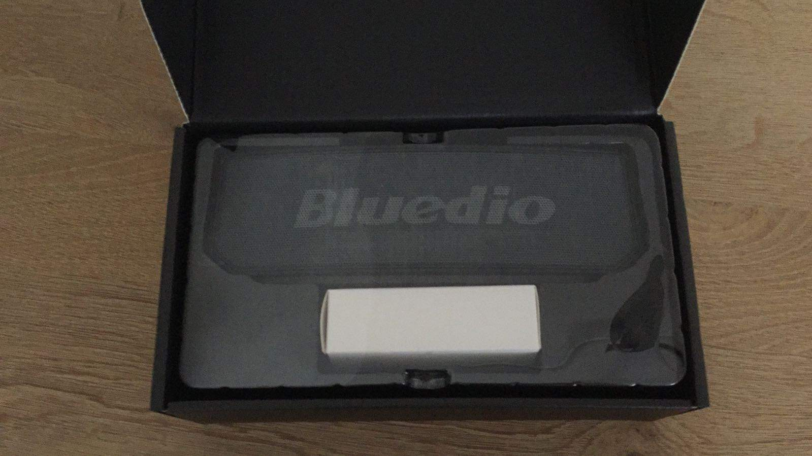 Bluedio BS 6 Inside Box