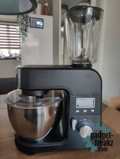 blitzWolf BW-VB1 Stand mixer and blender on table